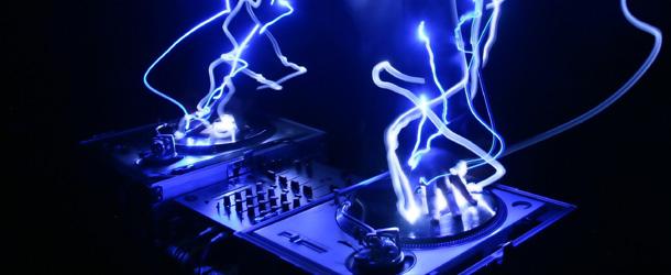 DJ BOOTY – BOOGIE 2NITE