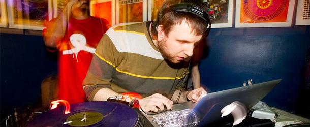 """DJ Blakey Presents"" House & Garage Promo Mix"