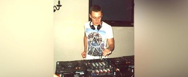 DJ Ryan J – Deep / Underground House Mix